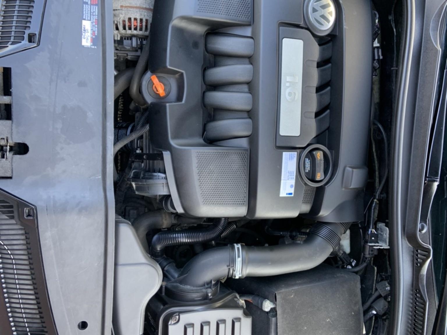 Volkswagen-Jetta-22