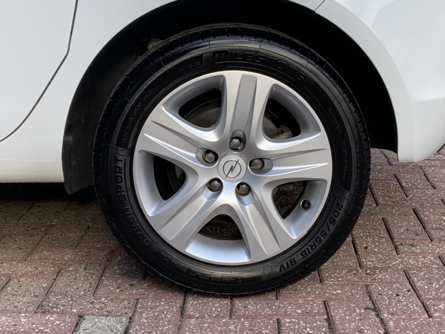 Opel-Meriva-23
