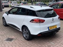 Renault-Clio-11