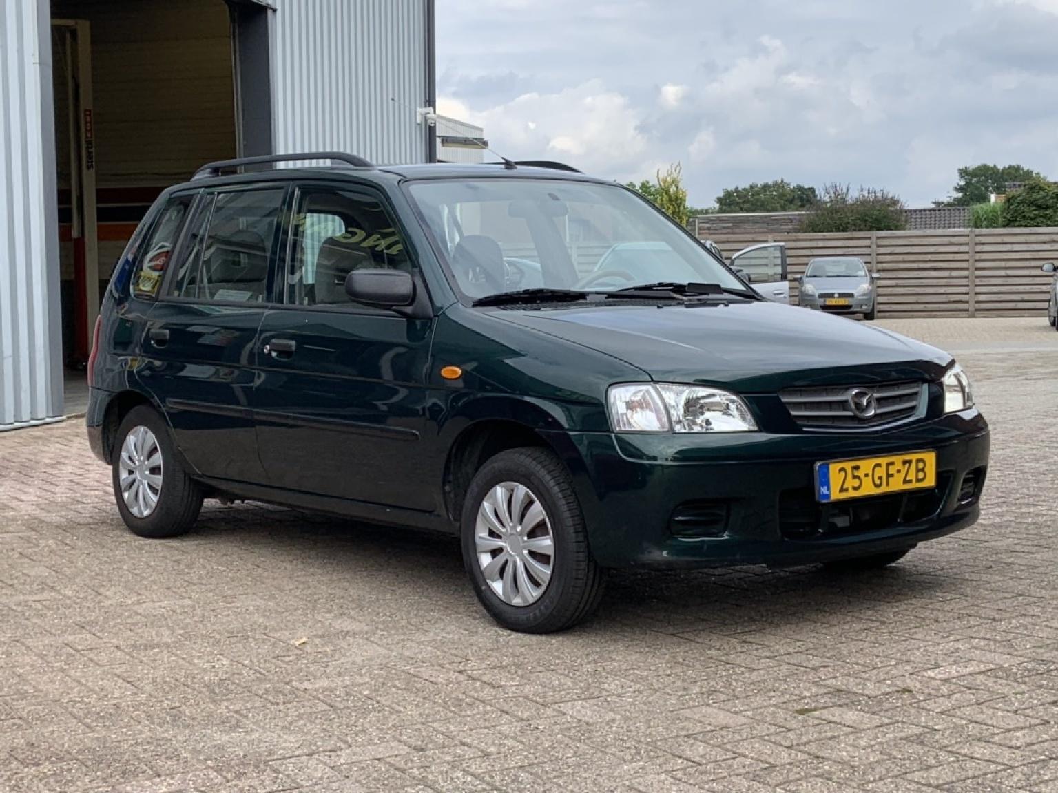 Mazda-Demio-8