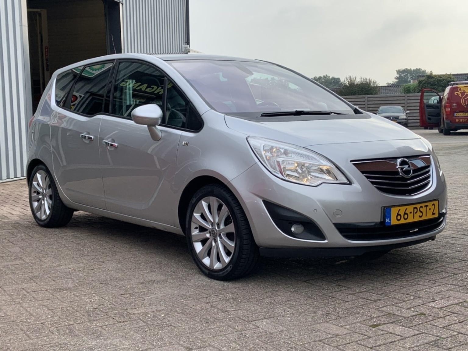 Opel-Meriva-7